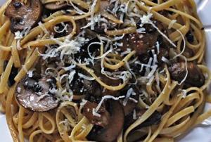 mushroom-black-garlic-linguine 2